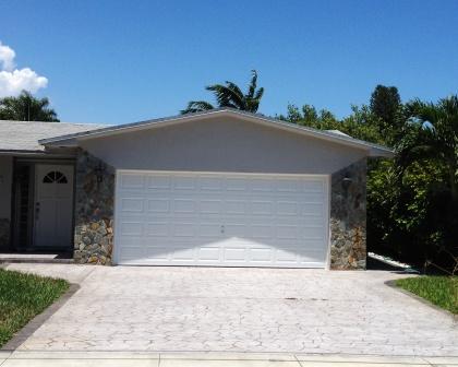 Miami garage door garage door solutions miami garage for Garage door repair miami fl